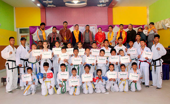 Nepal-ITF-Players-and-referees-honored